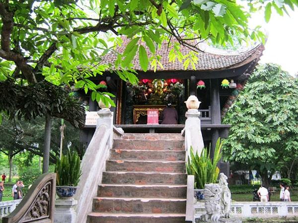 Ngôi chùa nổi tiếng Hà Nội là Chùa Một Cột