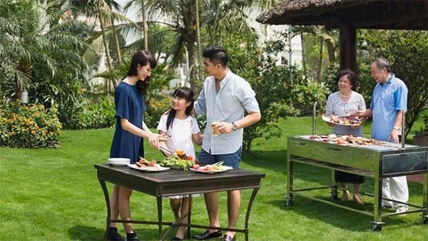 Công viên nướng BBQ tại bãi biển nhân tạo Vinhomes Ocean Park Hà Nội