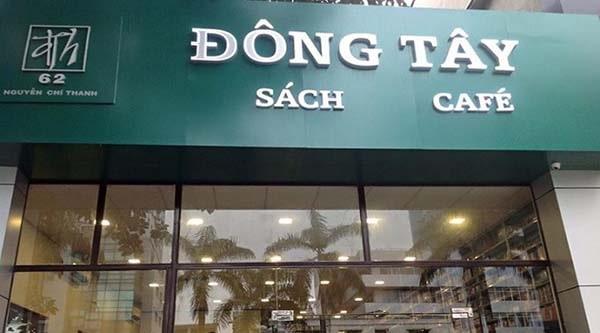 Cafe sách Đông Tây