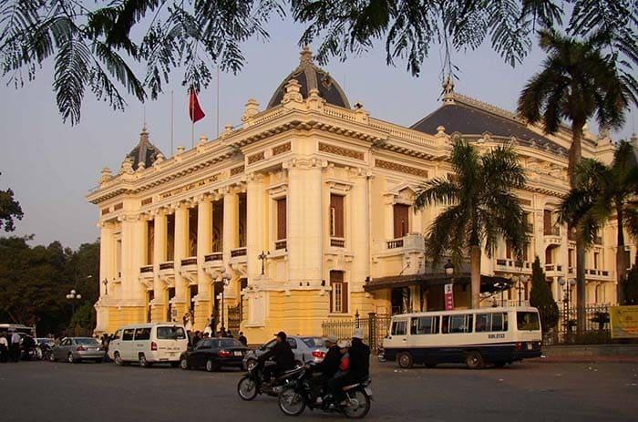 Nhà hát lớn Hà Nội – giao thoa văn hóa giữa 2 quốc gia Pháp – Việt